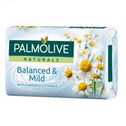 Palmolive Naturals Balanced & Mild tuhé mydlo 90 g kamilla + vitamin E